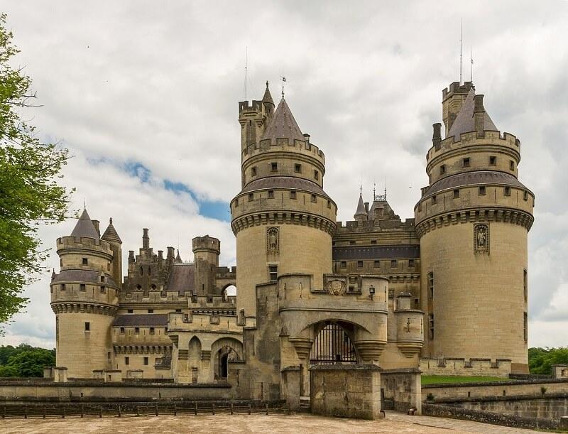 château de Pierrefonds(ピエールフォン城)